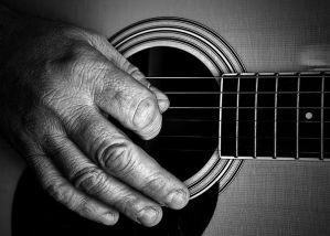 guitar-806255__480