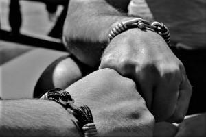 hands-1778553__480